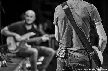 "Didascalia: Sacile, 05/06/2021 - Controtempo - Teatro Zancanaro - Il Volo del Jazz - MANU KATCHÈ ""The Scope"" - Manu Katché: batteria - Jérôme Regard: basso - Patrick Manouguian: chitarra - Èric Legnini: tastiere - Foto Luca A. d'Agostino / Phocus Agency © 2021"