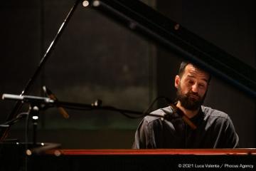 Trieste, 16/6/2021 - Auditorium del Museo Revoltella - Le nuove rotte del jazz 2021 - Simone Quatrana pianoforte - Foto Luca Valenta/Phocus Agency © 2021